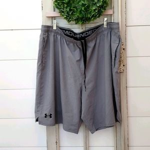Under Armour Mens workout lightweight shorts